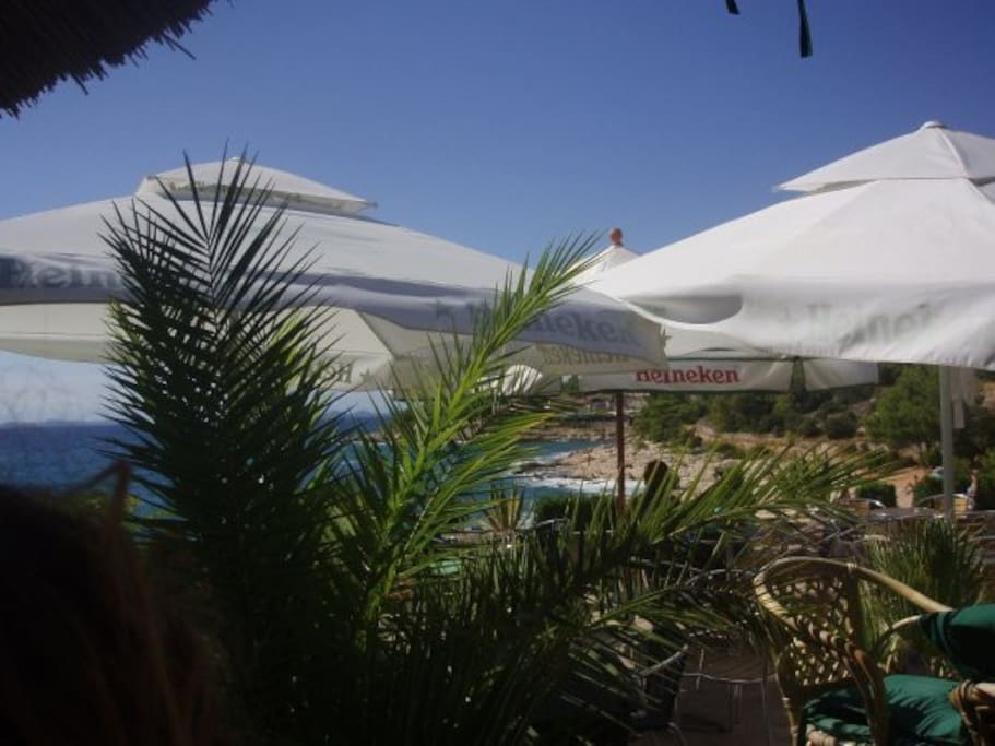 Beach Club (150m distance)