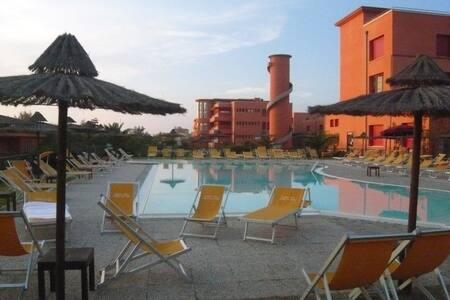 Direct on the beach-apart 8 pers-C3 - Marina di Pisa-tirrenia-calambr - Apartamento