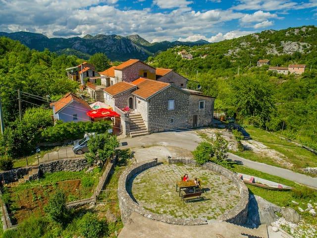 Rustic village in Skadar lake natural resort 3