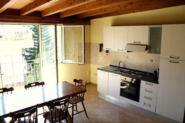 APPARTAMENTO IN CENTRO - Casteldaccia - Wohnung