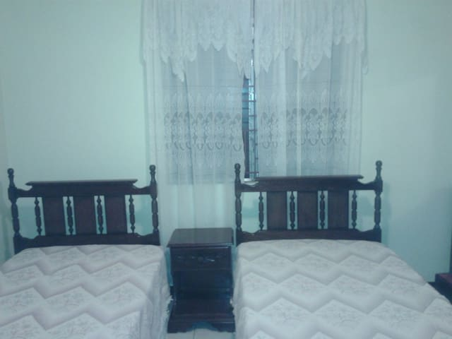One bed room flat - Kingston - Ev
