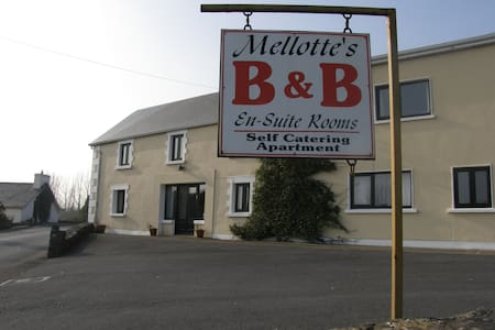 Mellotte's Bed & Breakfast  - Cornamona