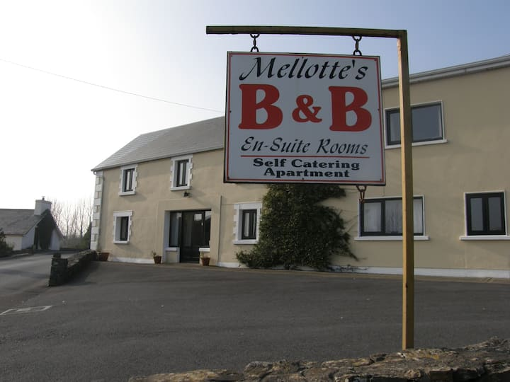 Mellotte's Bed & Breakfast