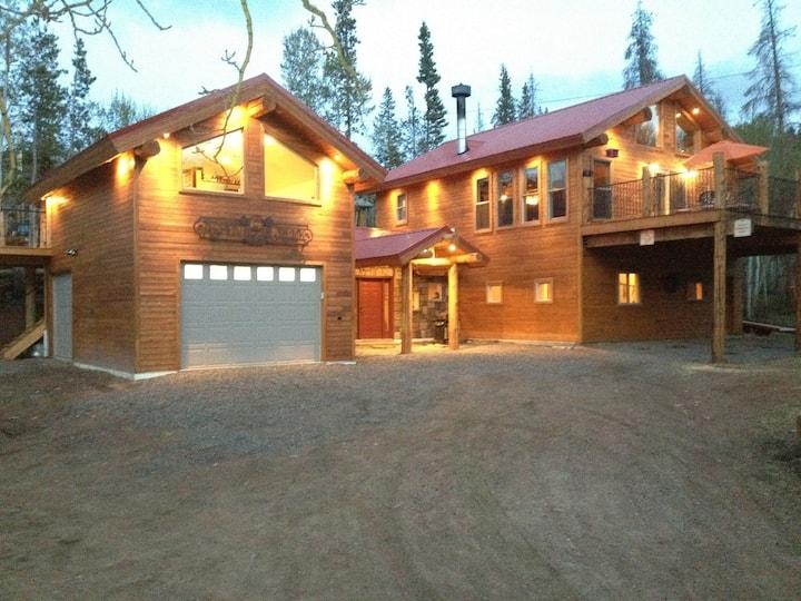 Eagles Nest at Aspen Creek Cabin