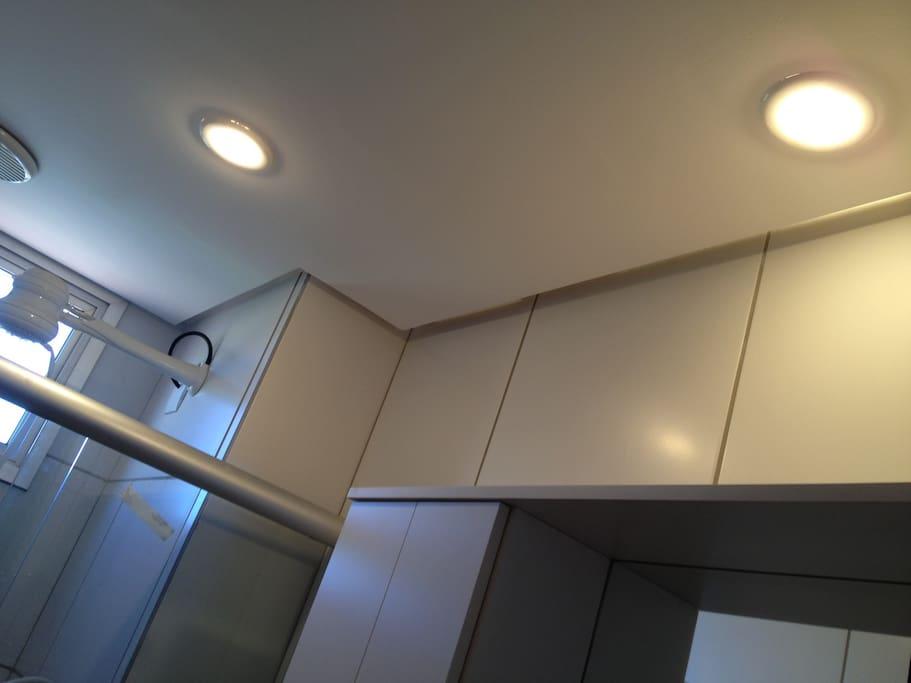 chuveiro com água quente de alta qualidade