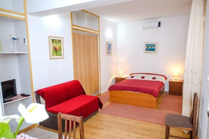Studio Apartment Kastel 2 (2+1)