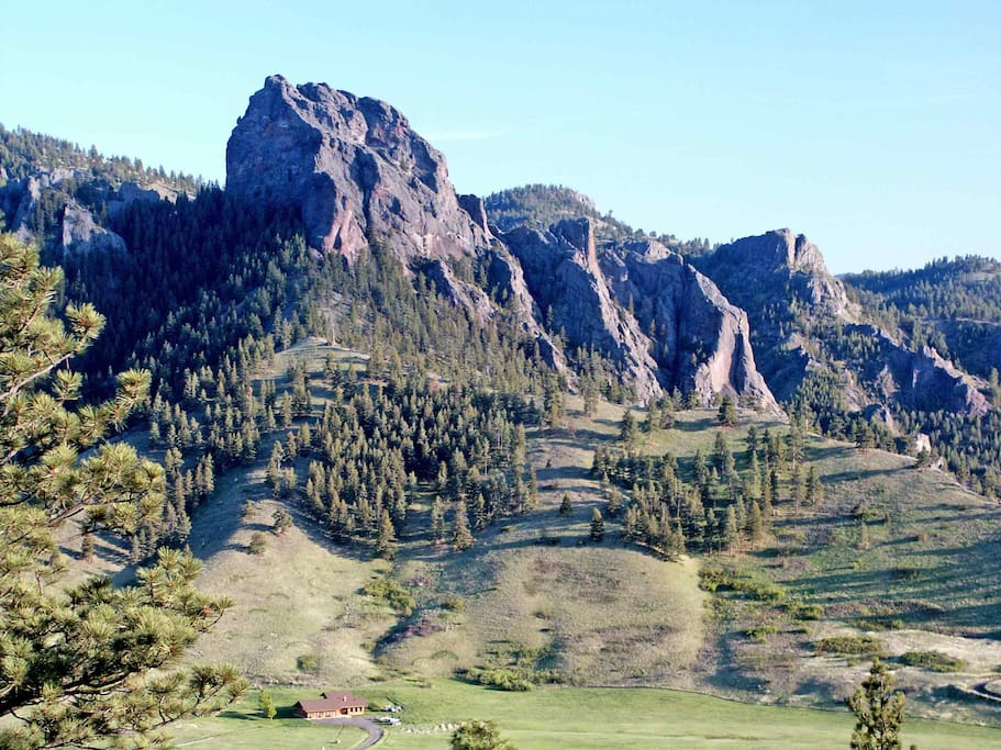 Missouri Riverside Lodge in Big Belt Mountains of MT