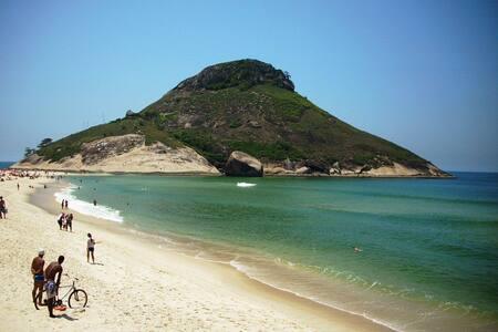 Quarto compartilhado - Rio de Janeiro