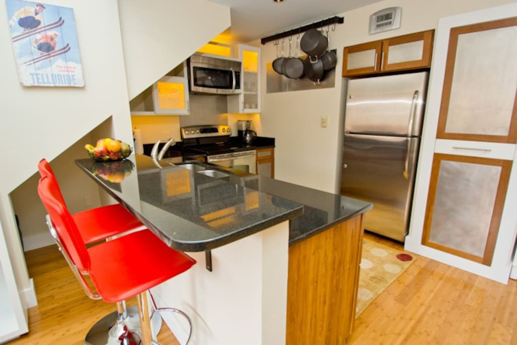 The kitchen in this condo is a cook's delight! Whip up breakfast for the kids or dinner with friends.