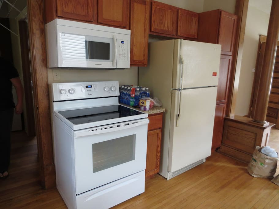 NEW stove and microwave