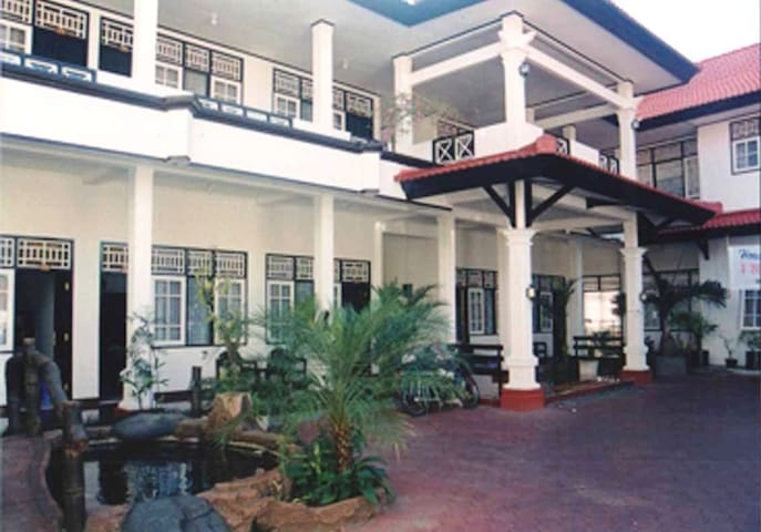 kamar ukuran 4x6 , ac, tv, hotwater - Mataram - Casa