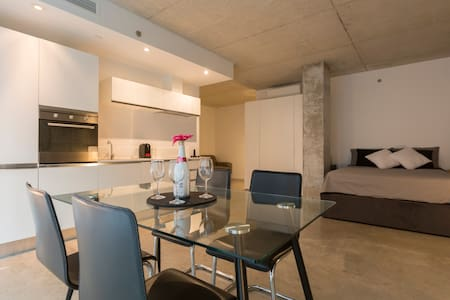 Appartement Zen & Design, Downtown & Vieux Port.
