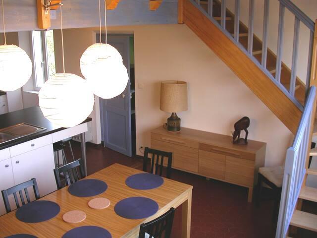 Logement de vacances pour 4 à 6 personnes - Solliès-Pont - Lägenhet