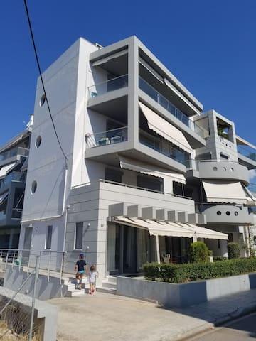 Modern 2 bedroom condo by the sea