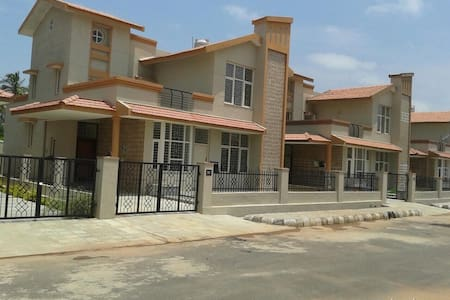 32 Vihar by Happy Retreats - Bengaluru - Villa