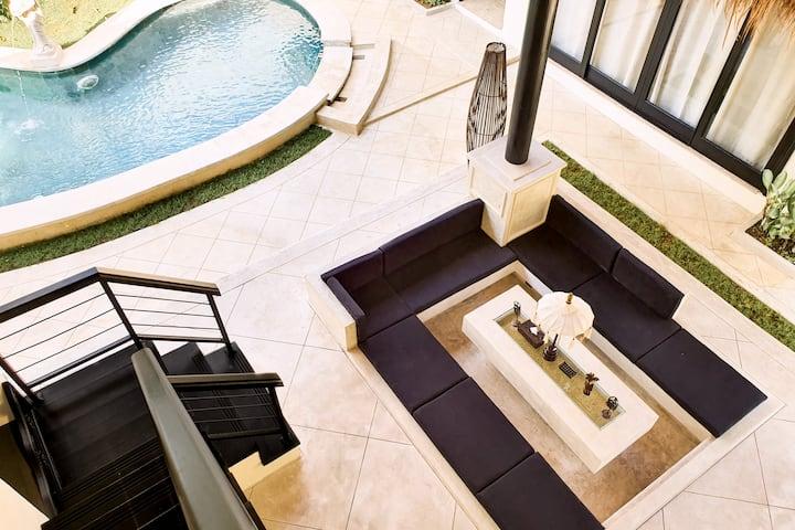 3BR Luxury Pool Villa in Seminyak Kuta #251
