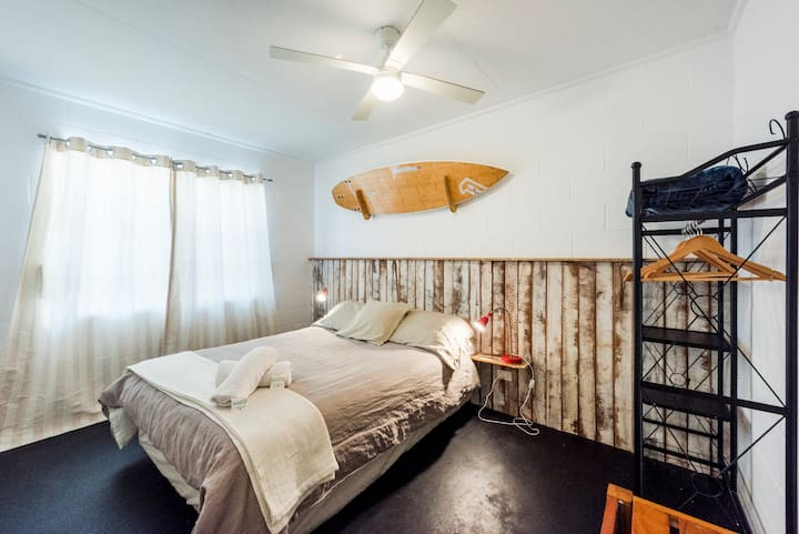 Iluka Beach House - Unit 3 - Fantastic Location