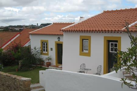 Casa da Aldeia - Alvorninha