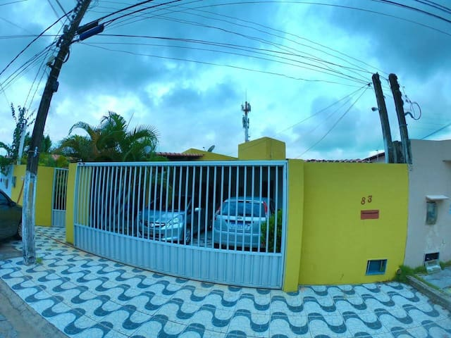 Casa confortável  excelente preço e localização.