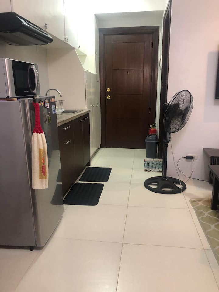 Feel at Home condo unit with wifi