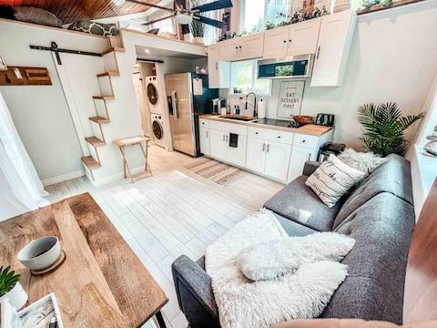 Perfect Tiny Home Get Away!