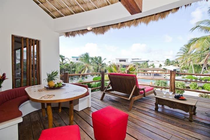 Ambergris Caye beach home Villa Opal Gold Standard