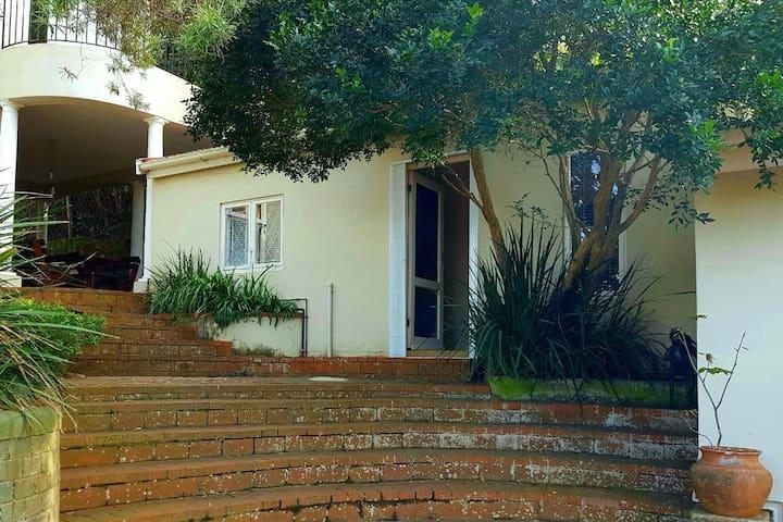 Glenwood Studio Cottage