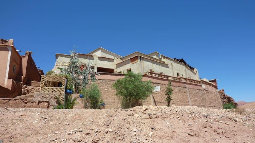 Auberge Ayouze - Ouarzazate - Bed & Breakfast