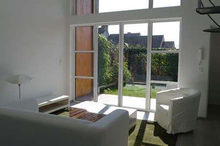 Duplex écologique contemporain 1 - Marcoussis - Ev