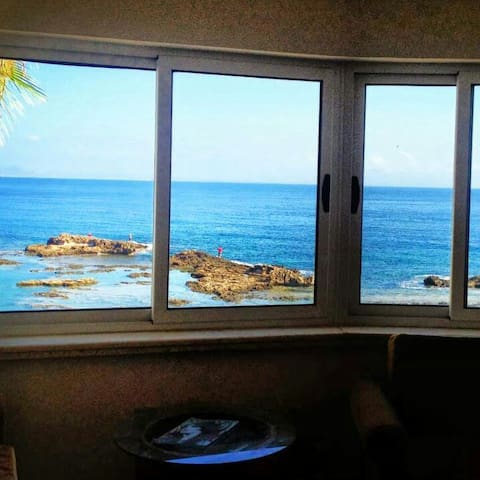 Cozy 1bedrom flat right by the Sea - Ammochostos - Apartamento