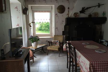 maison calme près de la mer - Bréhal - Bed & Breakfast