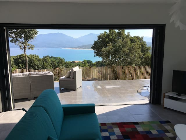 Villa Sampiero T3 vue mer, plage à 200 m, 5 pers.