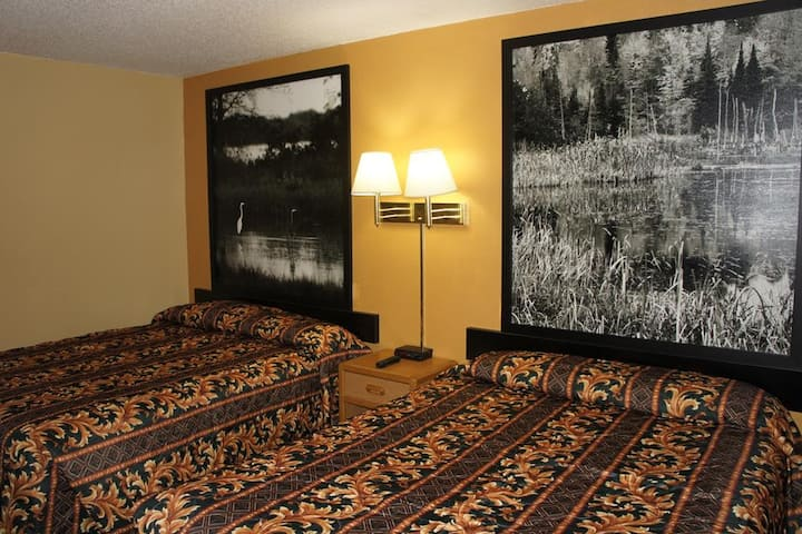 Coratel Inn & Suites Stillwater - Comfort 2 Queen Bed Non-Smoking