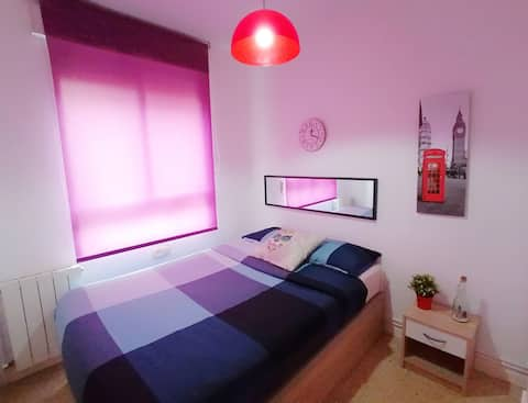 Small&PrivateRoom+1 or 2 Persons+LineSol+Wifi