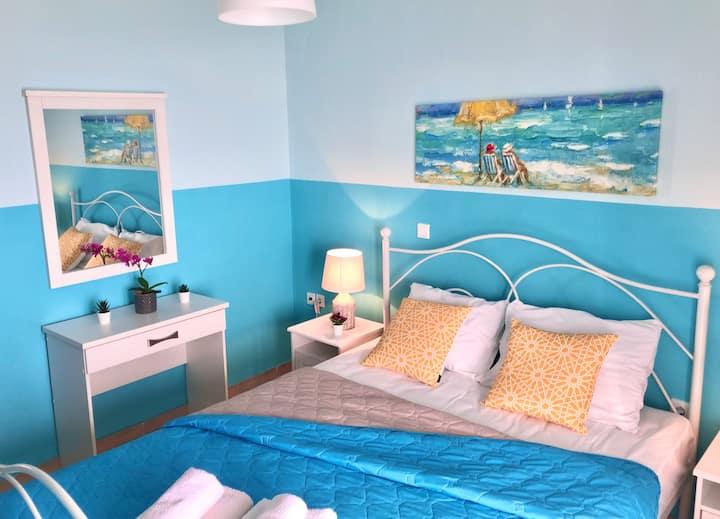 Apartment ON THE BEACH! (3)