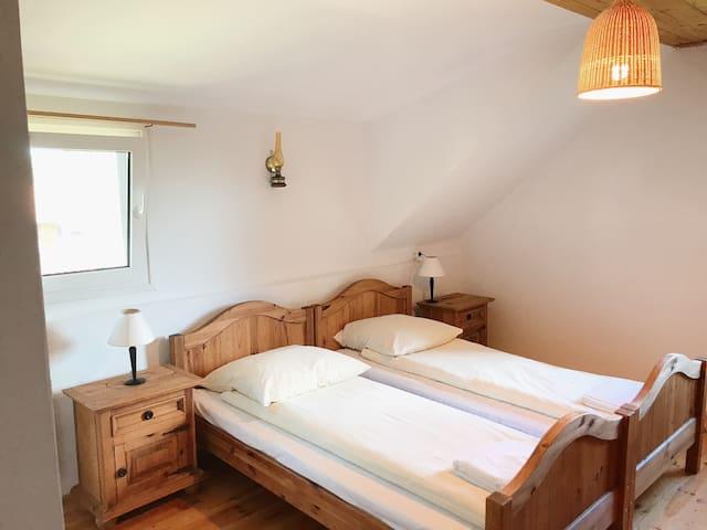 Dwuosobowy pokój z łazienką na Mazurach (Karwik)