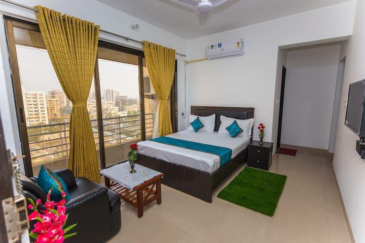 Homely accommodation near Ambani Hospital