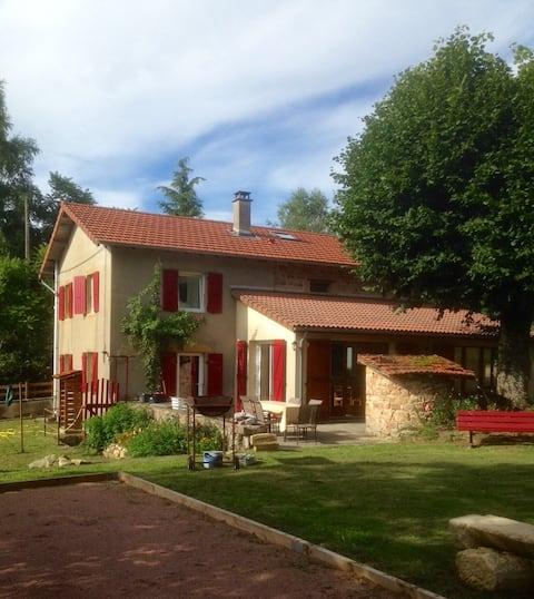 Maison du Coucou, gîte et salle pour groupe