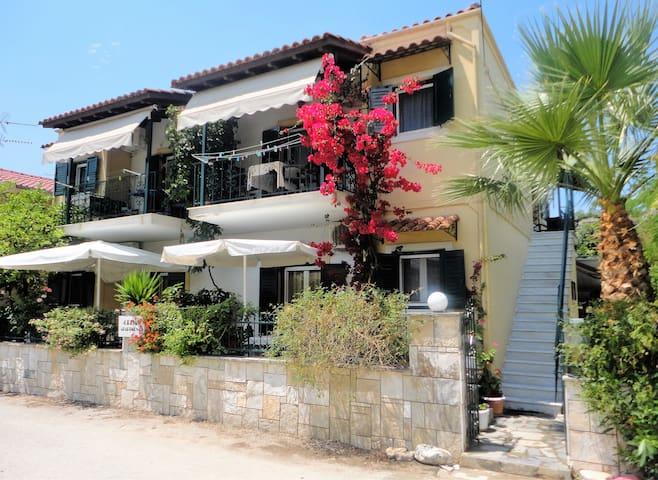 GRIVAS STUDIOS APARTMENTS - Sivota - Apartamento
