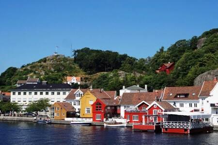 Enebolig i Norges sørligste by, Mandal!