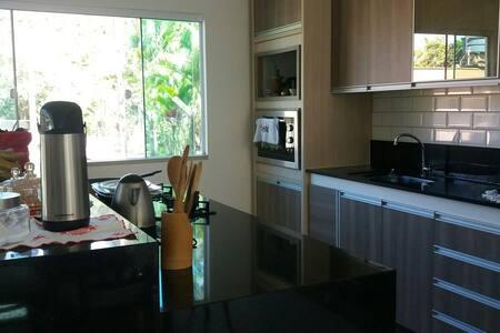 Casa na Praia do Estaleiro - BC