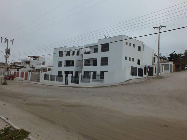 Departamento Bahía Charito, Caldera