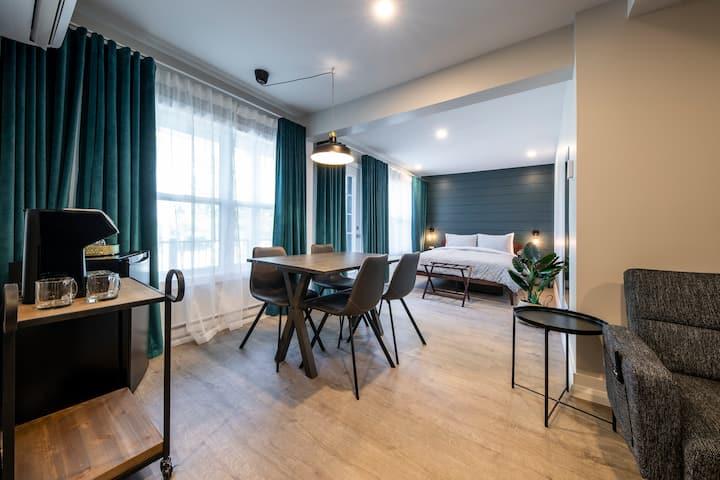 Suite RC + balcon Square Victoria Maison Hôtelière