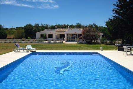 Freistehendes Haus mit großem Pool und Garten - Lagoa - Casa