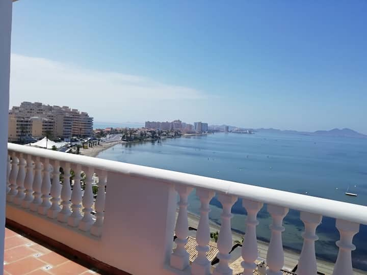 Terrasse Panoramique sur le Mar Menor .