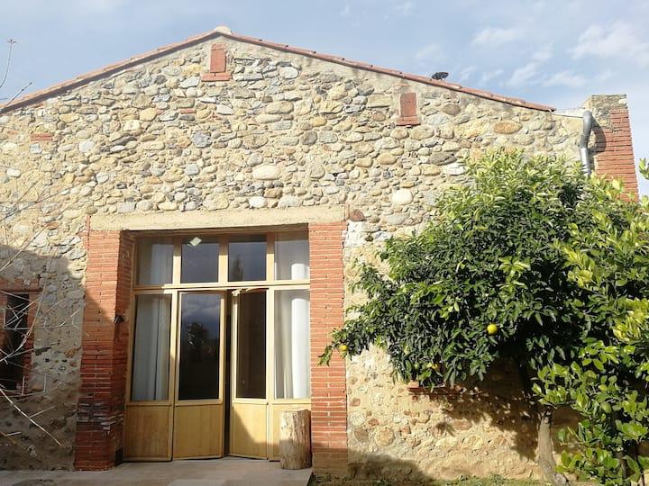 Maison Pyrénées Orientales:  calme et lumière