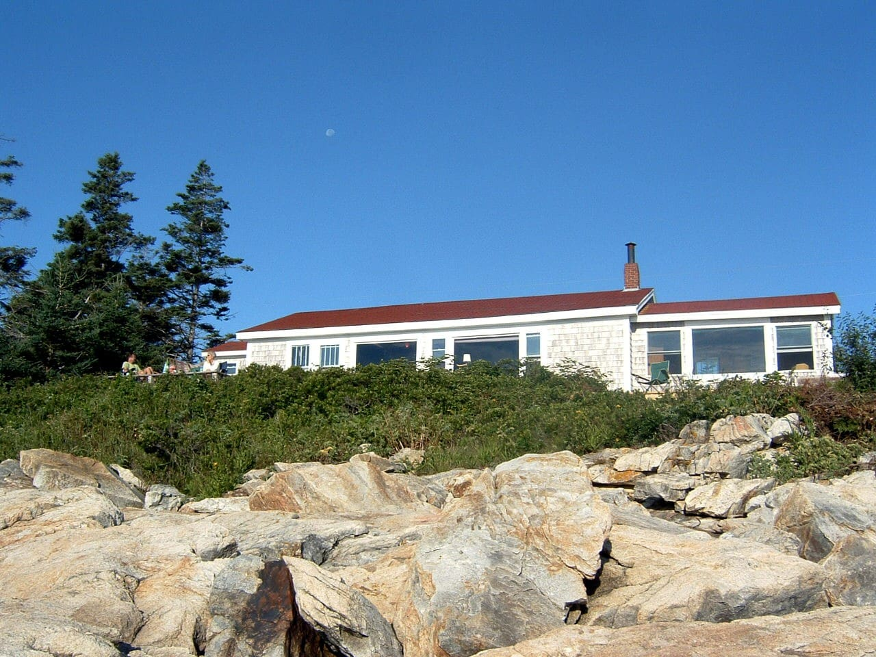 If you stand at ocean's edge, here's the cottage, master BR at right of image, deck on the left.