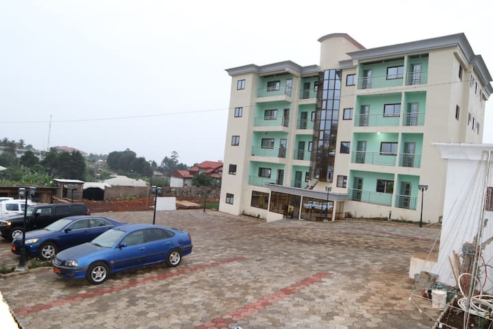 Admiralty Serviced Apartments - Bamenda - Pis
