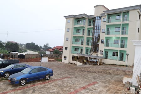 Admiralty Serviced Apartments - Bamenda