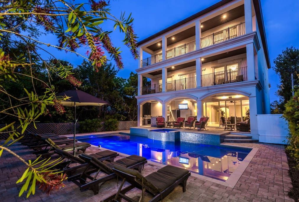 Venetian palace gulf views pool houses for rent in - 20 bedroom vacation rentals florida ...